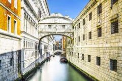 Brug van sighs in Venetië, Italië Stock Foto