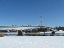 Brug in Veliky Novgorod in de winter royalty-vrije stock foto