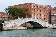 Brug in Venetië Stock Foto