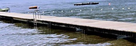 Dek aan het meer Stock Foto