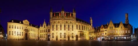 BRUGES BELGIA, Kwiecień, - 23, 2017: Panoramiczny widok Burg kwadrat Zdjęcie Royalty Free