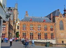 Bruges Belgien gataplats arkivfoton