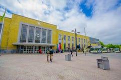 Bruges, Belgio - 11 agosto 2015: Plaza piacevole con Fotografia Stock
