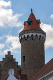 BRUGES, BELGIO EUROPA - 26 SETTEMBRE: Torre medievale della muratura Immagine Stock Libera da Diritti