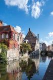 BRUGES BELGIUM/EUROPA, WRZESIEŃ 26, -: Budynki przy ca Fotografia Stock