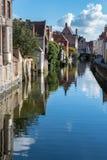 BRUGES BELGIUM/EUROPA, WRZESIEŃ 26, -: Budynki przy ca Obrazy Royalty Free