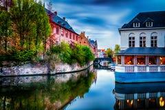 Bruges Brugge i holländsk stad i Belgien royaltyfria foton