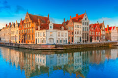 Bruges canal Spiegelrei with beautiful houses Stock Photos
