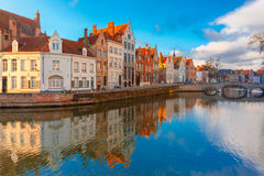 Bruges canal Spiegelrei with beautiful houses Stock Images