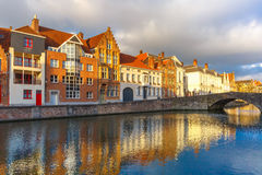 Bruges canal Spiegelrei with beautiful houses Stock Photography
