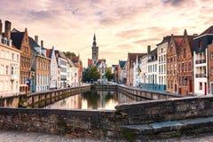 Bruges cityscape Berömd destination för gammal Brugge stad i Europa arkivbild