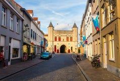 Bruges cityscape i afton fotografering för bildbyråer