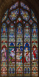Bruges - döden av st Helen på fönsterruta i domkyrkan för St Salvators (Salvatorskerk) Royaltyfri Foto