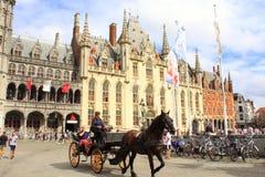 Bruges fyrkant Belgien Royaltyfria Foton