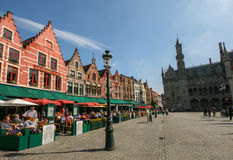 Bruges marknadsfyrkant Royaltyfria Foton
