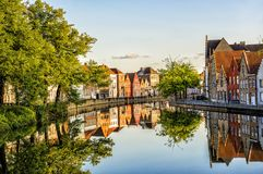 Free Bruges Street Reflection In Canal Royalty Free Stock Image - 109419786