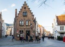 Brugge, западная Фландрия Бельгия - декабрь 2018: средневековый городской пейзаж городка стоковые изображения rf