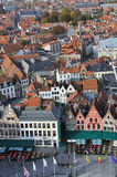 Brugge, Grote Markt ptaków oka widok - obrazy stock