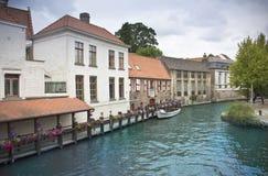 brugge kanal Arkivbild