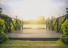 Brugwater met zonlicht Stock Afbeelding