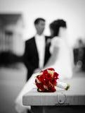 Bruid, bruidegom en huwelijksboeket Royalty-vrije Stock Fotografie