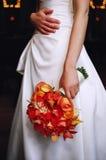 Bruid en bloemenboeket Stock Fotografie