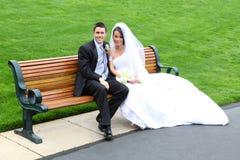 Bruid en Bruidegom bij Huwelijk Stock Foto