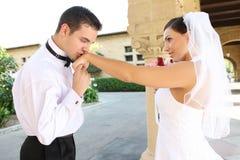 Bruid en Bruidegom bij Huwelijk Stock Afbeelding