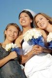 Bruid en haar zusters royalty-vrije stock fotografie