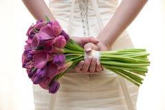 Bruid en huwelijksboeket Stock Afbeeldingen