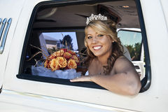 Bruid in Limousine Royalty-vrije Stock Foto's