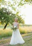 Bruid met een boeket Royalty-vrije Stock Afbeelding