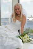 Bruid op het venster Royalty-vrije Stock Foto's