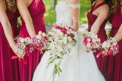 Bruids huwelijksbloemen stock fotografie