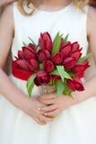 Het rode boeket van het tulpenhuwelijk Stock Foto's