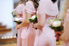 Bruidsmeisjes met Boeketten royalty-vrije stock foto's