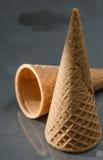 Bruin geïsoleerd Sugar Cone Stock Foto's