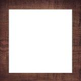 Bruin gekrast houten kader, aanplakbord of witte horizontale rechthoek stock afbeelding
