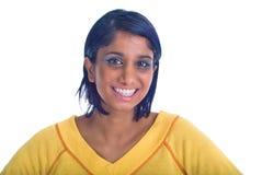 Bruin meisje dat over wit wordt geïsoleerd Stock Fotografie