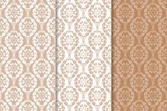 Bruine bloemenachtergronden Reeks naadloze patronen Stock Afbeelding
