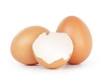 Bruine eieren met lege shell Royalty-vrije Stock Foto