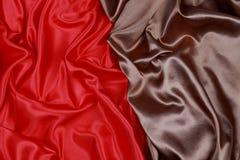 Bruine en rode Zijdedoek van golvende abstracte achtergronden Stock Afbeelding