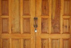 Bruine houten uitstekende deurachtergrond royalty-vrije stock foto