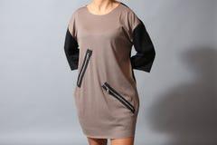 Bruine kleding met ritssluitingen Royalty-vrije Stock Afbeelding