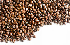 Bruine koffie, bruine koffie op witte achtergrond Koffie royalty-vrije stock fotografie
