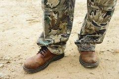 Bruine laarzen voor mensen Stock Foto