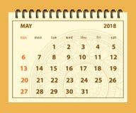 Bruine pagina Mei 2018 op mandalaachtergrond Stock Foto's