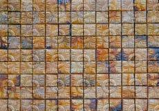 Bruine vierkante bakstenen muurachtergrond, abstracte achtergrond Royalty-vrije Stock Foto's