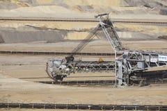 Bruinkool - Emmergraafwerktuig bij bovengrondse mijnbouw Inden Royalty-vrije Stock Foto