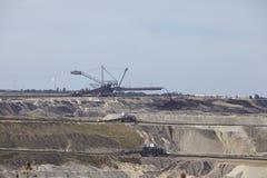 Bruinkool - Verspreider bij bovengrondse mijnbouw Inden Stock Foto's